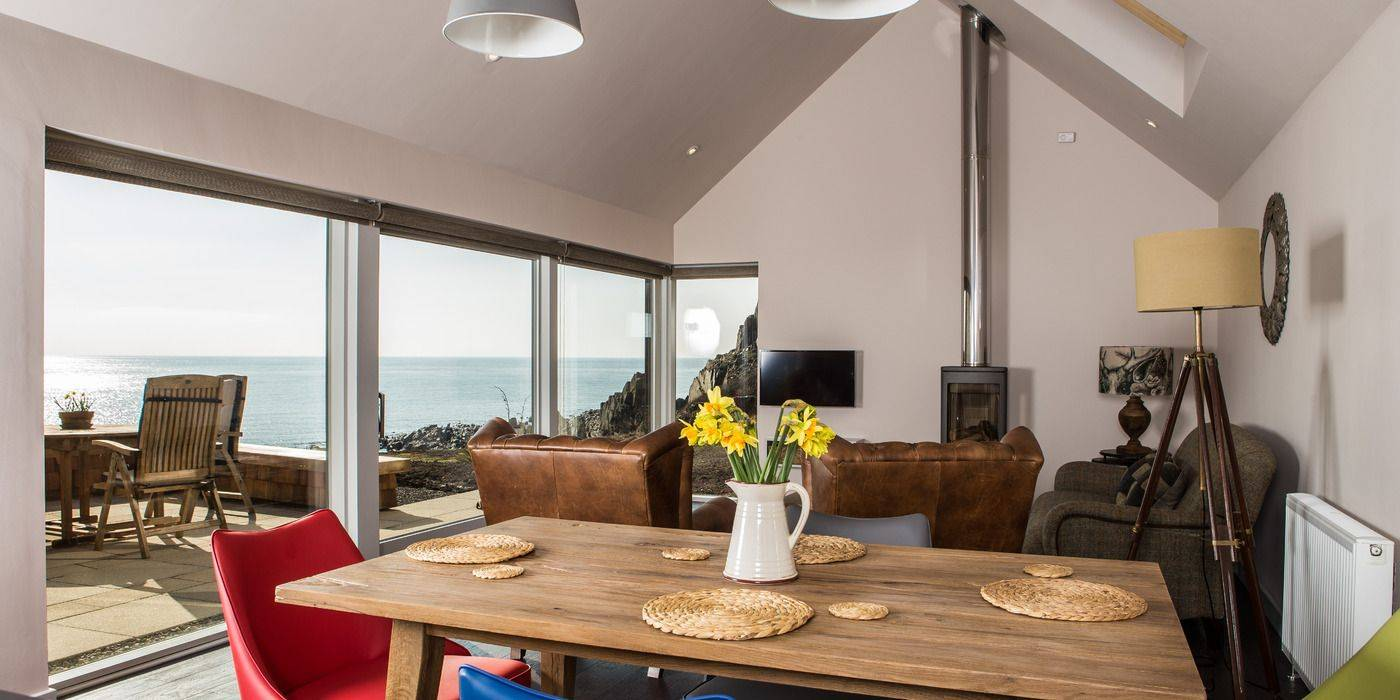 Cosy living with wonderful sea views